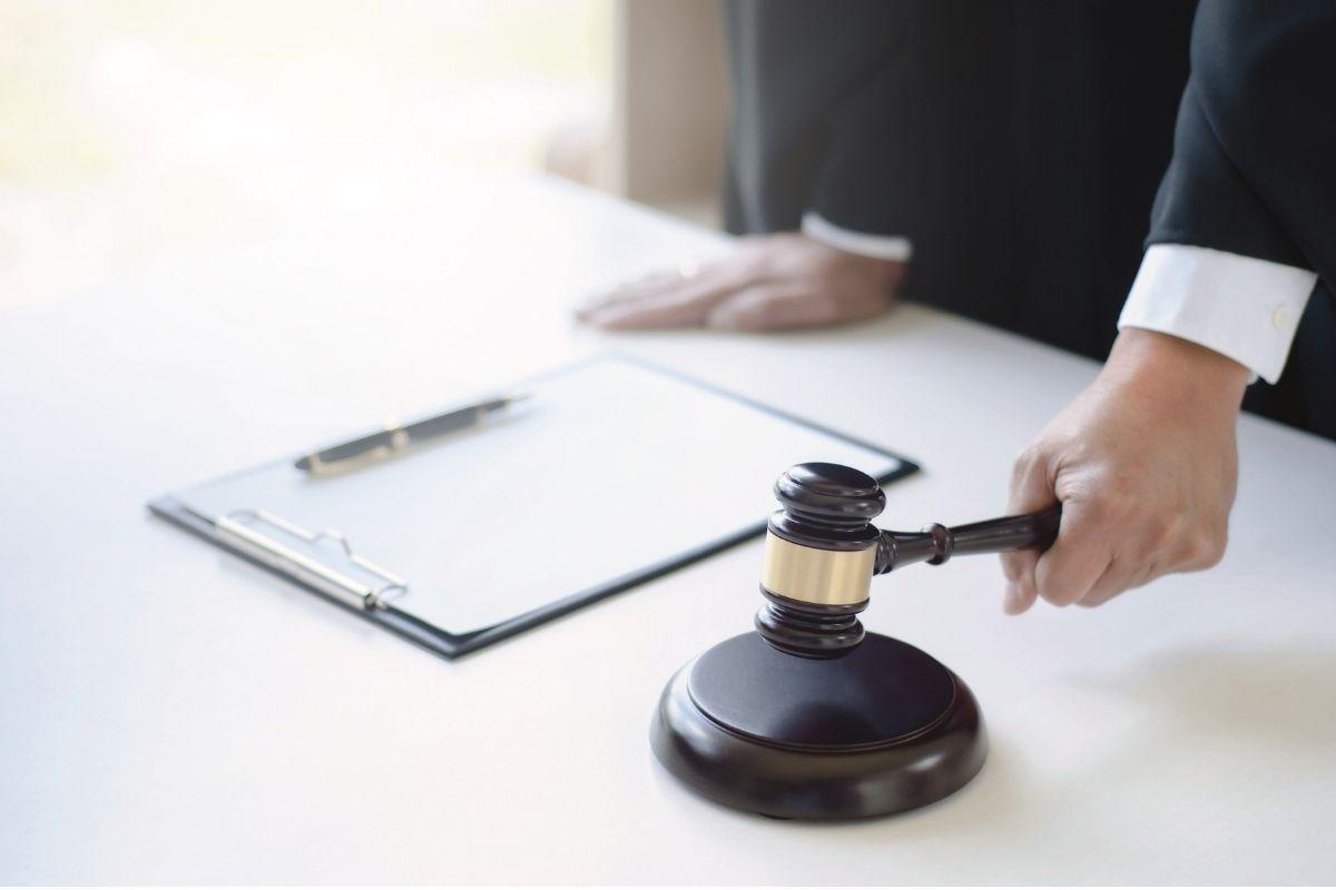 mao martelo juiz o que e precatorio titulo pagamento precato