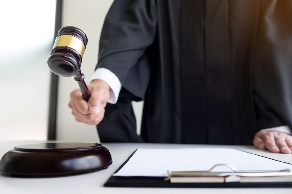 malhete toga juiz quem faz o oficio requisitorio precatorio e rpv precato